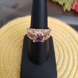 VINTAGE ☆ Pink Stone Cocktail Ring, 7, PRETTY!
